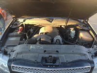 Picture of 2010 Chevrolet Avalanche LTZ 4WD, engine