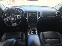 Picture of 2013 Jeep Grand Cherokee Limited, interior