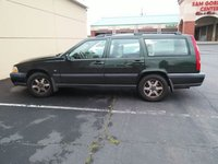 Picture of 1999 Volvo V70 Wagon