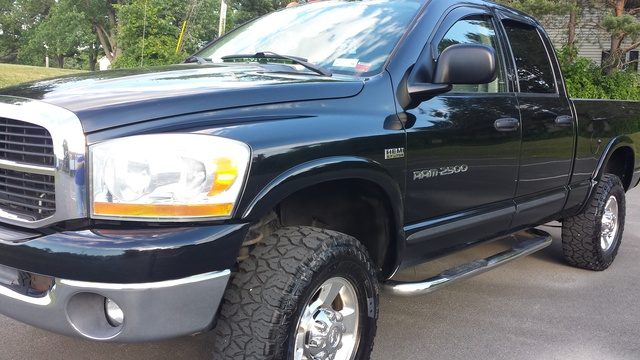 Picture of 2006 Dodge Ram 2500 ST 4dr Quad Cab 4WD SB, exterior