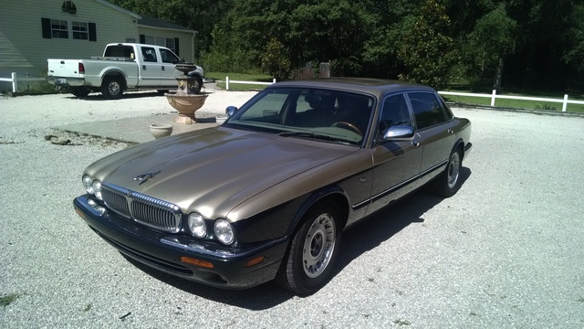 Picture of 1999 Jaguar XJ-Series Vanden Plas