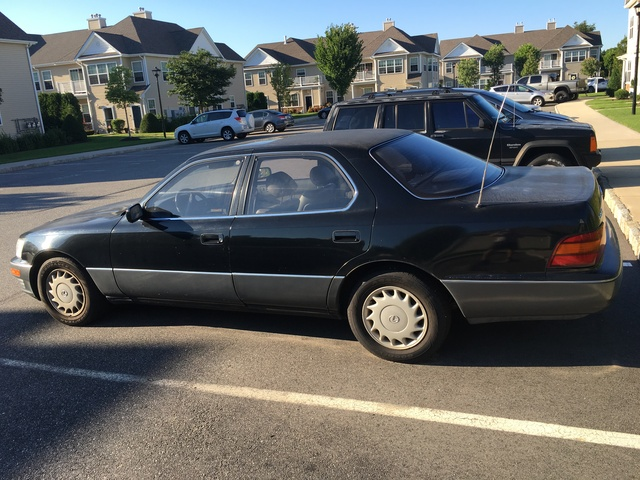 Picture of 1992 Lexus LS 400 Base
