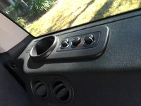 Picture of 2010 Jeep Commander Sport, interior