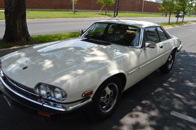 Picture of 1986 Jaguar XJ-S