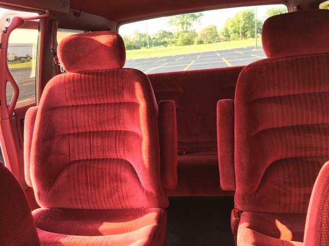 Picture of 1993 Dodge Caravan 3 Dr ES Passenger Van, interior