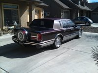 Picture of 1992 Lincoln Town Car Signature, exterior