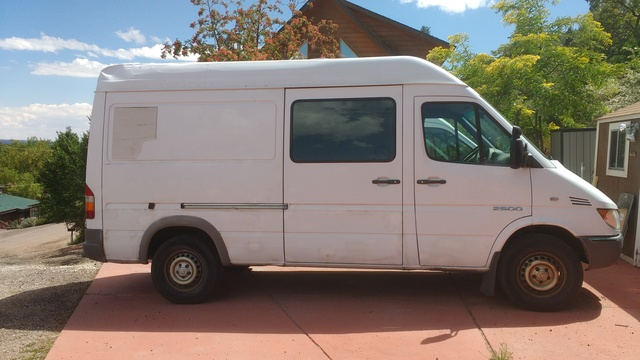 Picture of 2005 Dodge Sprinter Cargo 3 Dr 2500 High Roof 140 WB Cargo Van Extended, exterior