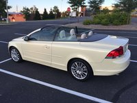 2009 Volvo C70 Picture Gallery