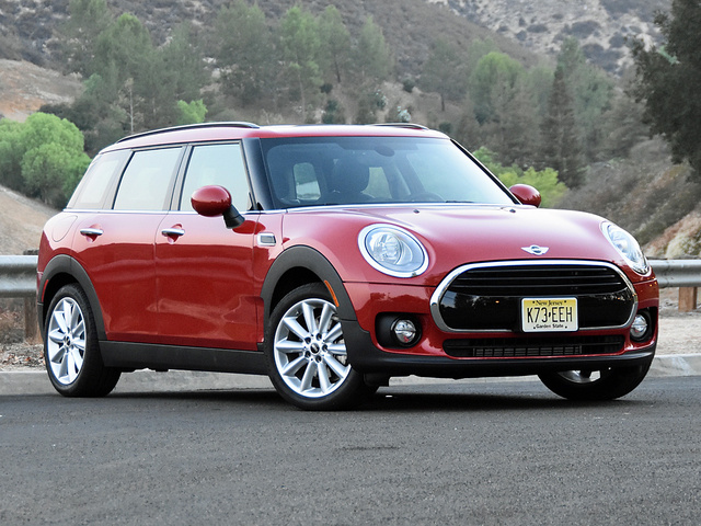 2016 Mini Clubman in Blazing Red