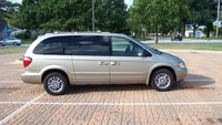 Picture of 2003 Chrysler Town & Country Limited