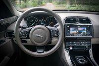 Picture of 2017 Jaguar XE, interior