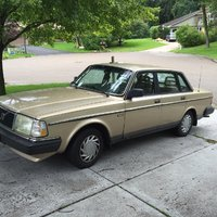 1990 Volvo 240 Picture Gallery