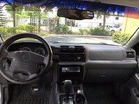 Picture of 2000 Isuzu Rodeo LS, interior