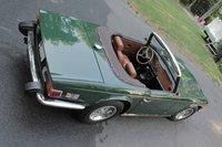 1976 Triumph TR6 Picture Gallery