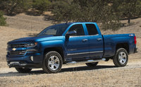 2017 Chevrolet Silverado 1500, Front-quarter view. Copyright General Motors, exterior, manufacturer