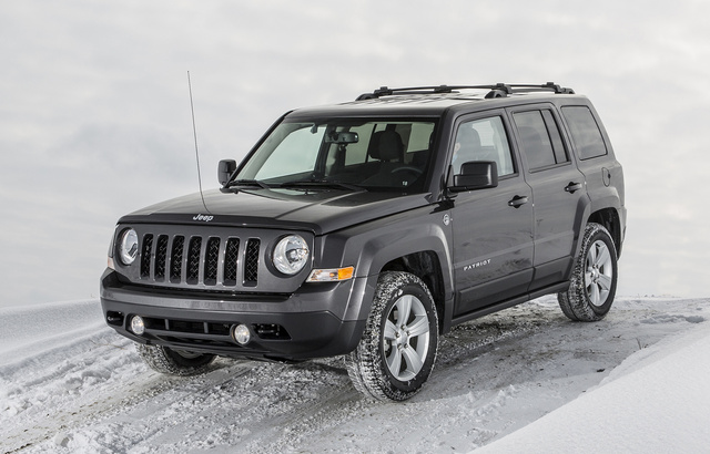2017 Jeep Patriot, Front-quarter view., exterior, manufacturer, gallery_worthy
