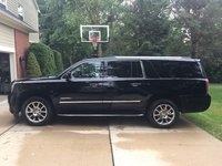 Picture of 2015 GMC Yukon XL Denali 4WD, exterior, gallery_worthy