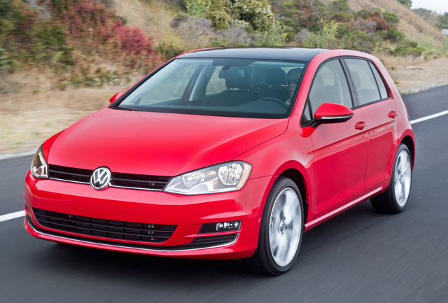 2017 Volkswagen Golf, Front-quarter view., exterior, manufacturer, gallery_worthy