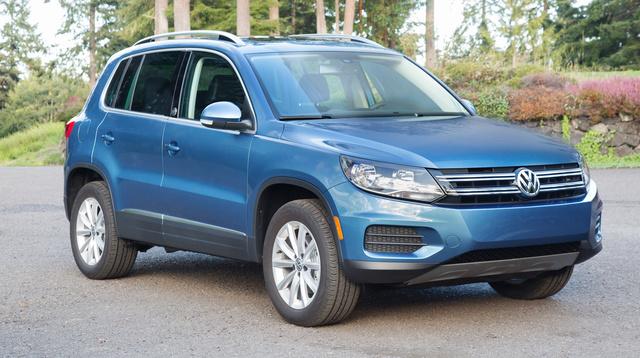 2017 Volkswagen Tiguan, Front-quarter view., exterior, manufacturer, gallery_worthy