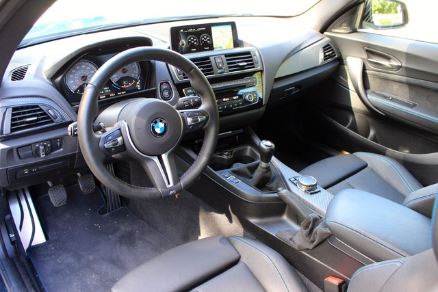 Cabin of the 2016 BMW M2, interior, gallery_worthy