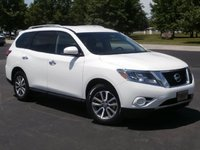 Picture of 2013 Nissan Pathfinder SV
