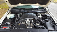 Picture of 1999 Lincoln Town Car Signature, engine