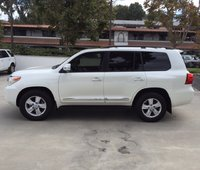 Picture of 2014 Toyota Land Cruiser Base, exterior