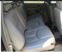 Picture of 2005 Chevrolet Suburban 1500, interior