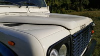 1990 Land Rover Defender Overview