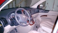 Picture of 2008 Hyundai Entourage Limited, interior
