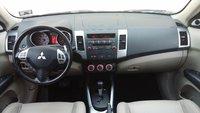Picture of 2008 Mitsubishi Outlander XLS 4WD, interior