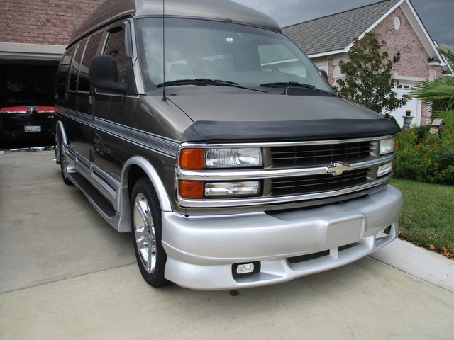 Picture of 2002 Chevrolet Express Cargo 3 Dr G1500 Cargo Van