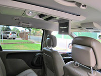Picture of 2015 Chrysler Town & Country Touring, interior