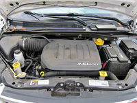 Picture of 2015 Chrysler Town & Country Touring, engine