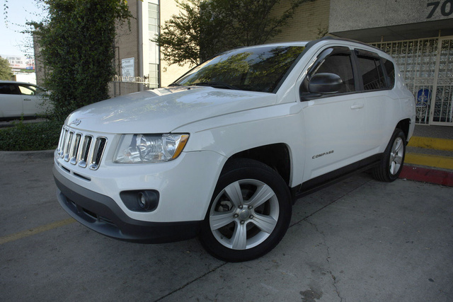 2011 jeep compass pictures cargurus. Black Bedroom Furniture Sets. Home Design Ideas