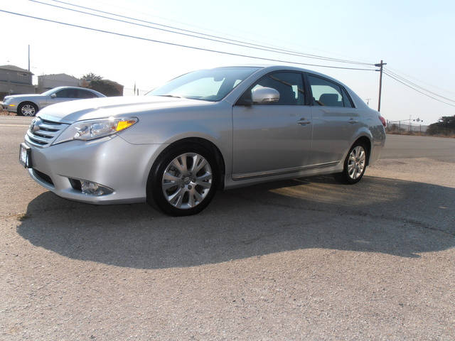 Picture of 2012 Toyota Avalon