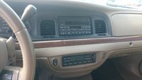 Picture of 2005 Ford Crown Victoria LX, interior