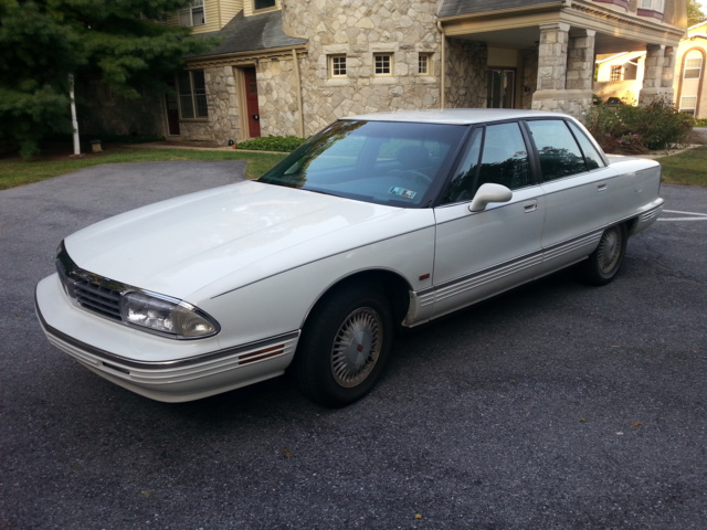 Picture of 1995 Oldsmobile Ninety-Eight 4 Dr Regency Elite Sedan, exterior