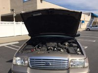 Picture of 2004 Ford Crown Victoria LX, engine