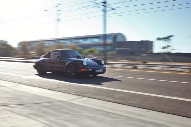 Picture of 1992 Porsche 964