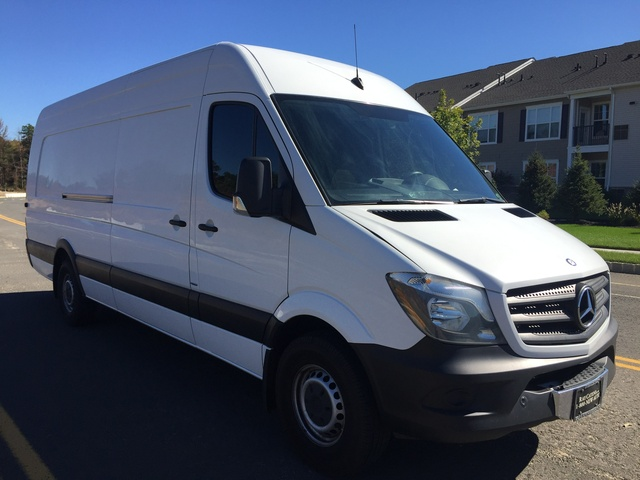 2014 mercedes benz sprinter cargo pictures cargurus for 2016 mercedes benz sprinter extended cargo van