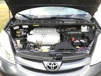Picture of 2007 Toyota Sienna XLE Limited, engine