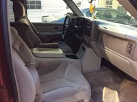Picture of 2002 GMC Yukon SLE, interior