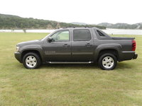 Picture of 2011 Chevrolet Avalanche LT, exterior