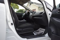 Picture of 2015 Nissan Leaf S, interior