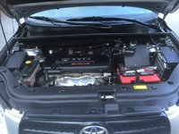 Picture of 2008 Toyota RAV4 Limited, engine