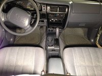 Picture of 2000 Toyota Tacoma 2 Dr Prerunner Standard Cab LB, interior
