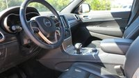 Picture of 2015 Jeep Grand Cherokee Limited 4WD, interior