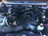 Picture of 2005 Ford Explorer Sport Trac XLT Crew Cab, engine