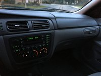 Picture of 2005 Ford Taurus SE